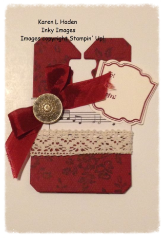 Vintage Lace Tag Single